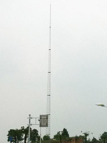 避雷塔有三种规格1,gfl四柱角钢避雷塔,2,gjt三柱圆钢避雷塔,3,gh钢管