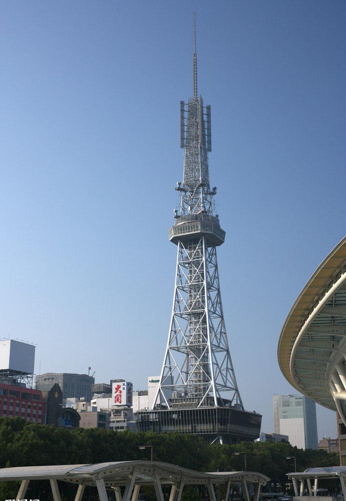 广电塔立面廓线通常采用多折线型